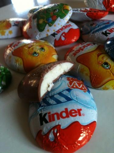 boboparisienne-Kinder chocolat happy.jpg